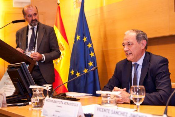 Víctor Bautista participa en el Foro internacional